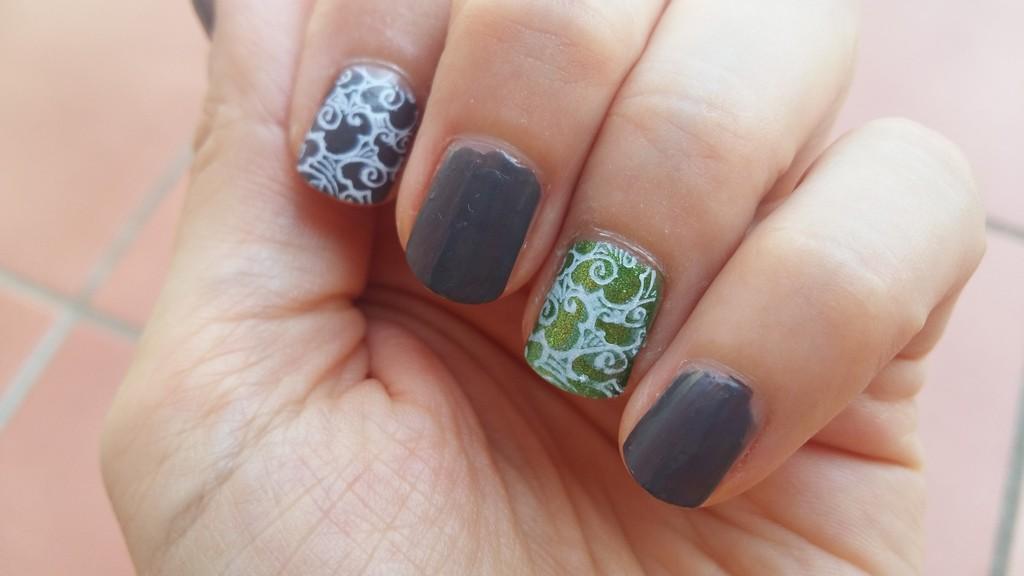 2018-08 nail art stamping