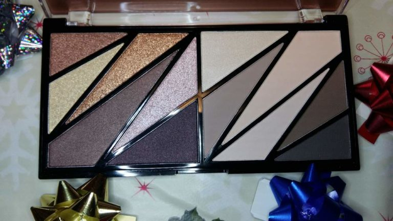 25-12-2017 makeup Revolution