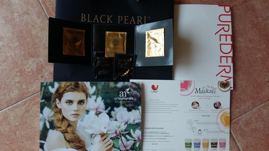 Black pearl Purederm Artnaturals Urof