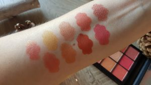 Huda Beauty Coral cover