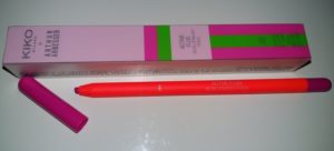Kiko Active fluo lip pencil