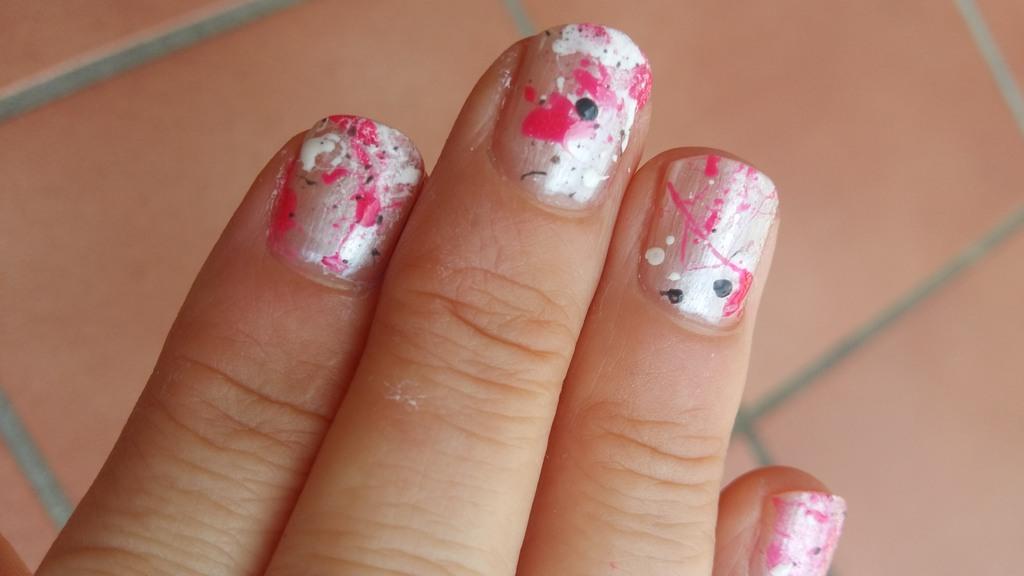 Nail art splatter 2