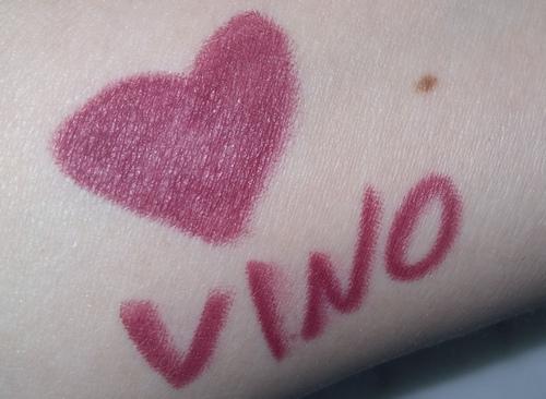 Neve pastello labbra vino swatch